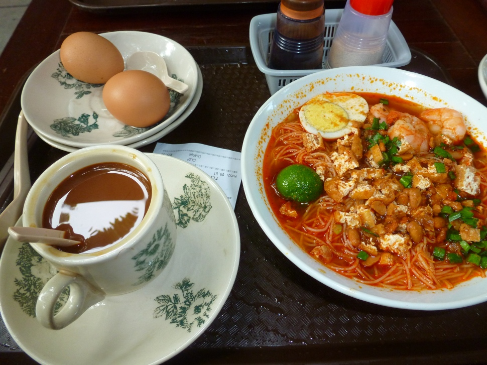 this is apparently the ultimate singaporean breakfast - coffee with condensed milk, mee kiam and soft boiled eggs