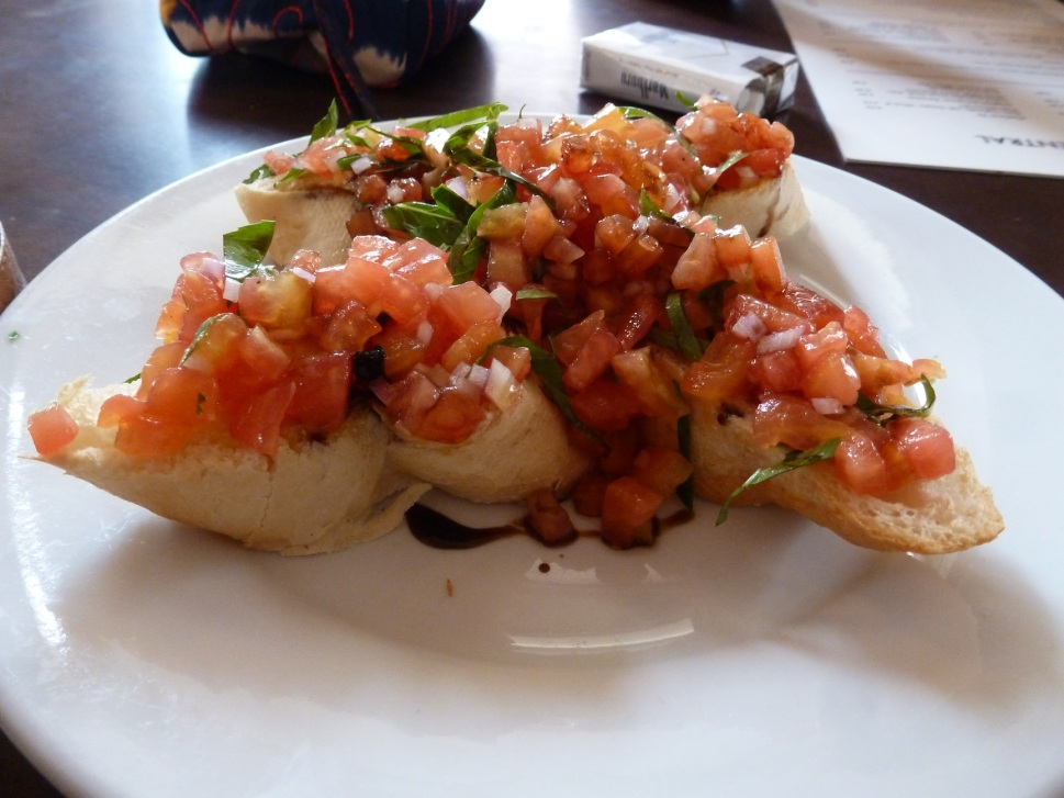 Bruschetta with fresh tomatoes, basil and balsamic vinegar