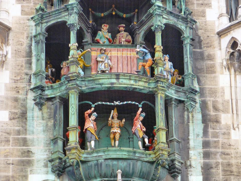 Munich-glockenspiel-P1070321